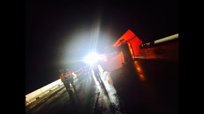 TWO TRACTOR TRAILERS OVERTURNED ON TYDINGS BRIDGE